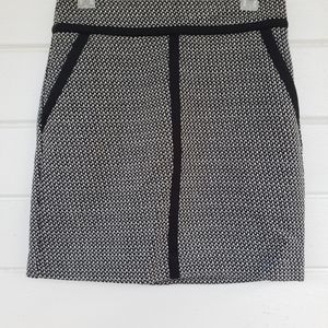 Midi Skirt Architectural Design Pockets